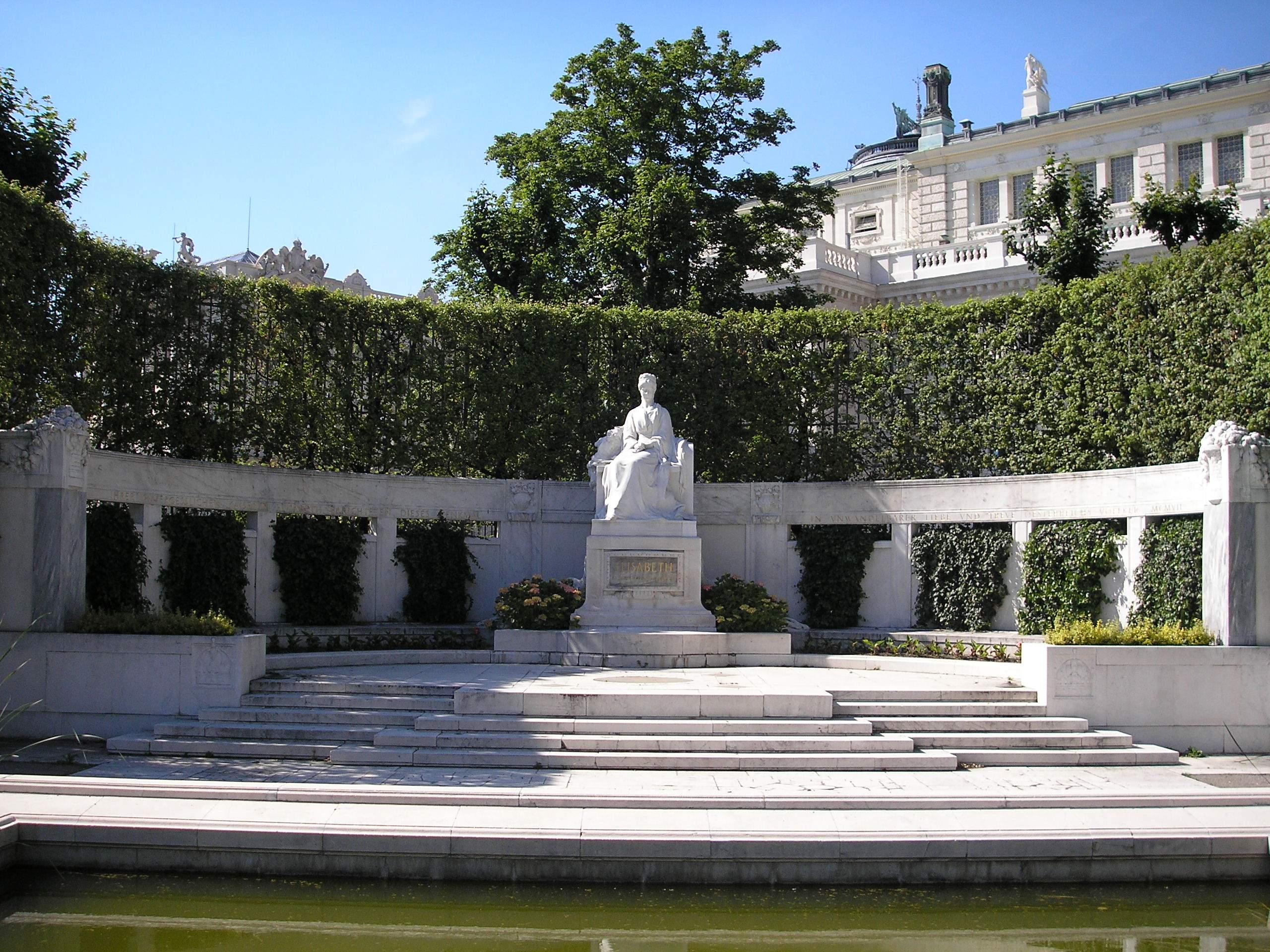 Inauguration VolskGarten 1907 La Statue Aujourd'hui