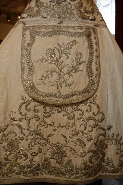 Manteau Lithurgique fait avec la Robe de Mariée de Sissi 002