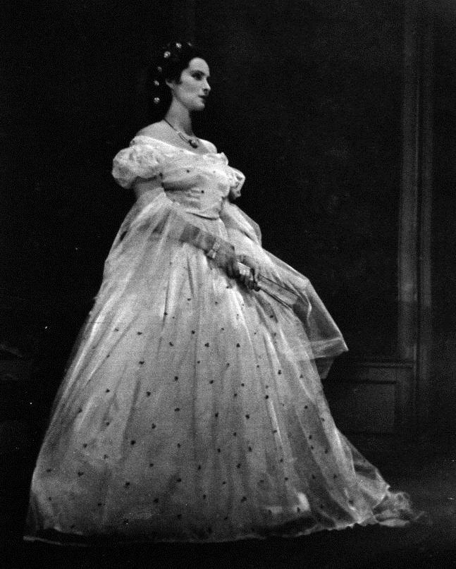 Sybille Binder